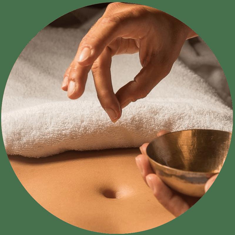Massage mandala du ventre de J'ananda, massages traditionnels ayurvédiques à Guénange