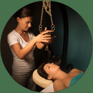 Soin shirodhara de J'ananda, massages traditionnels ayurvédiques à Guénange