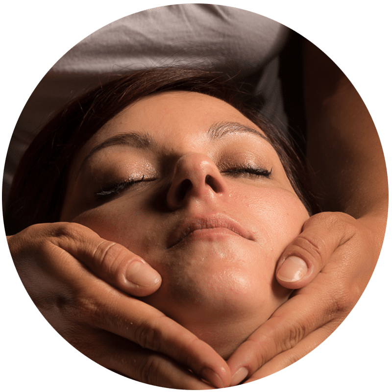 Massage shirotchampi de J'ananda, massages traditionnels ayurvédiques à Guénange